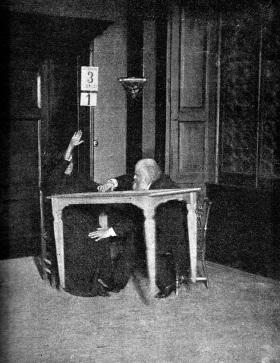 Investigando a E. Paladino (1892)
